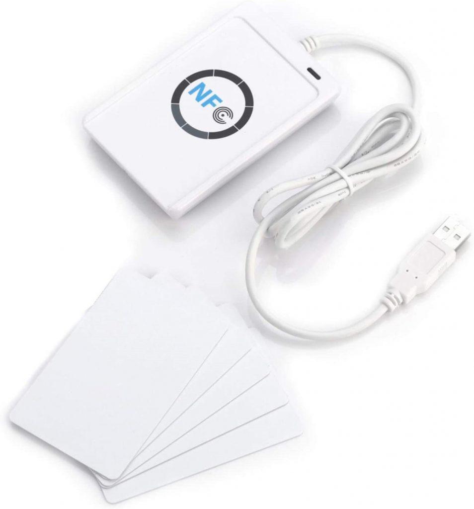 Come si usano carte o braccialetti RFID per pagare senza contante
